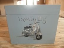 communie box Donelly
